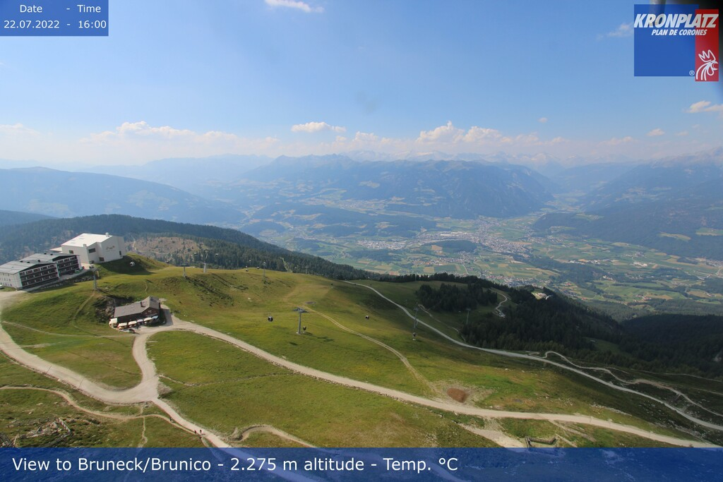 Webcam top of Kronplatz in direction Bruneck