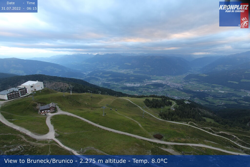 Webcam top of Kronplatz in direction Bruneck