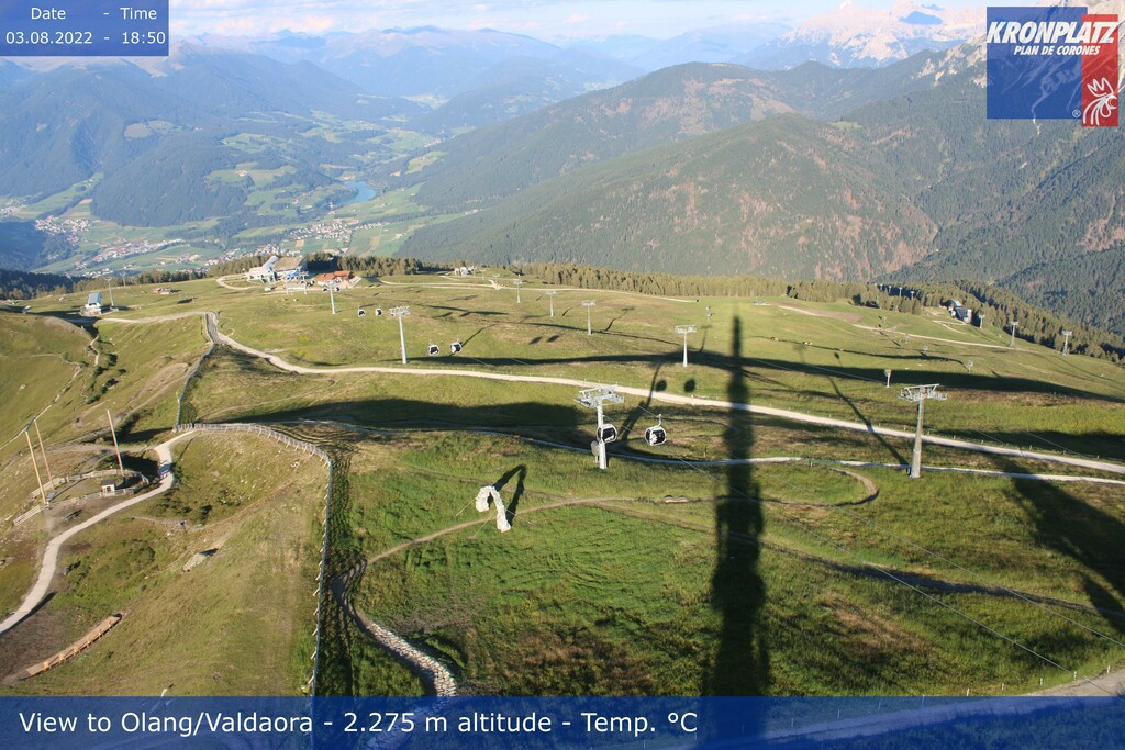 Webcam top of Kronplatz in direction Olang